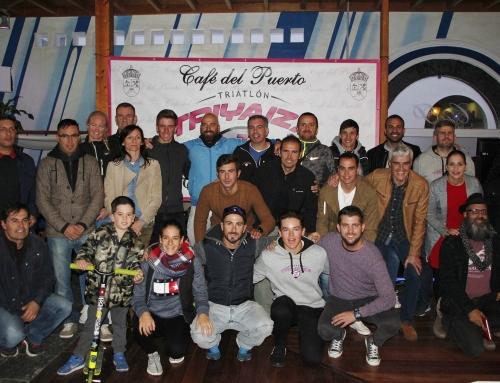 Café del Puerto, nuevo patrocinador del Club de Triatlón Triyaiza